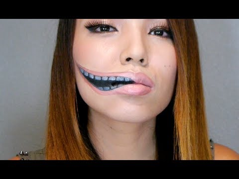 How to do Creepy Stretched Lips Make-up for Halloween trick or treat step by step DIY tutorial instructions