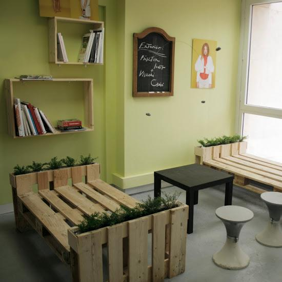 how to make furnitures with recycled pallets step by step