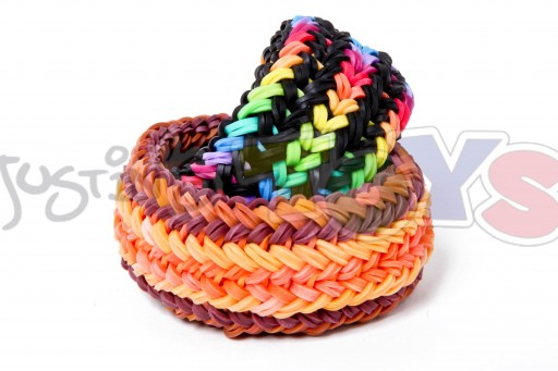 how to make snake belly bracelet the hardest and most difficult rainbow loom design so far diy tutorial step by step instructions 512x341 how to make Snake Belly Bracelet   The Hardest and Most Difficult Rainbow Loom Design So far DIY tutorial step by step instructions