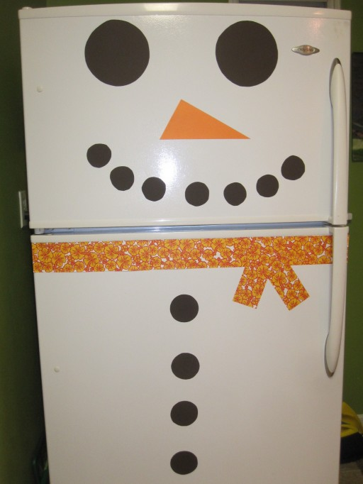 How to decorate refrigerators with cute stick sets