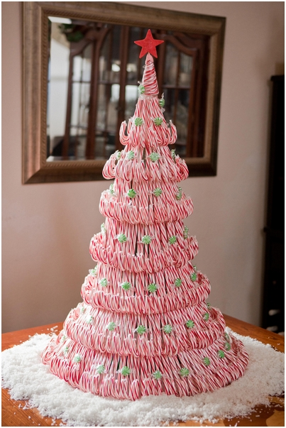 How to make cute candy cane christmas tree step by step for Cute christmas decorations