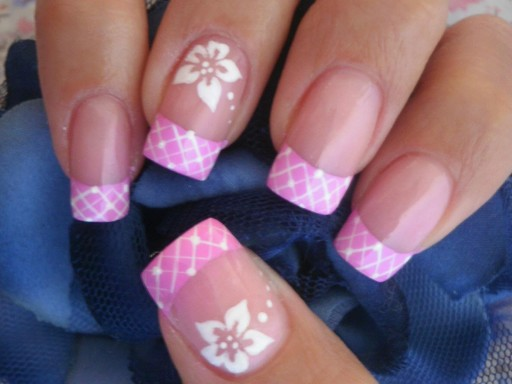 How to paint simple cute floral sencilla flower nail art mani step by step DIY tutorial instructions