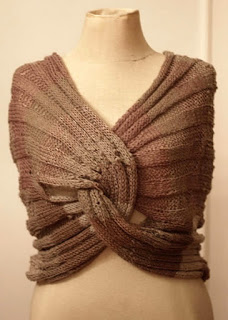 How to knit a lovely DIY infinity wrap step by step tutorial instructions and free pattern