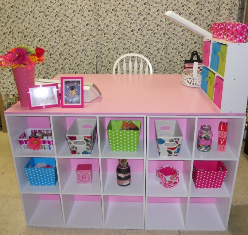 How to make fabulous DIY crafting desk step by step tutorial instructions