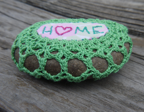How to crochet fabulous pebble rocks step by step DIY tutorial instructions 15