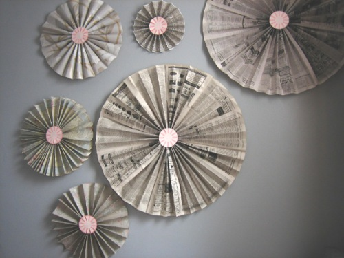 How to make DIY accordion pinwheel fan wall decoration step by step tutorial instructions
