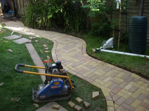 How to lay a concrete and brick garden path
