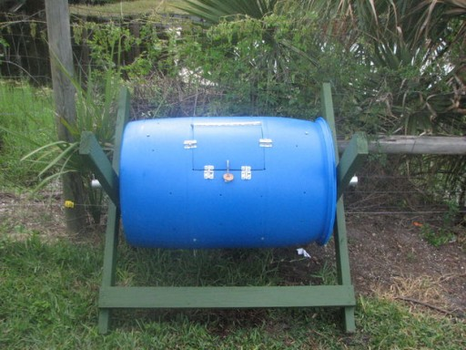 How to make DIY barrel compost bins step by step tutorial instructions
