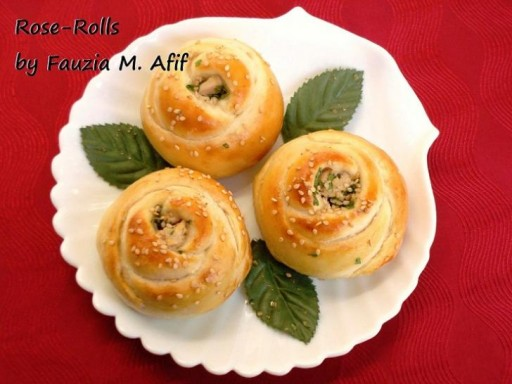 How to make delicious rose rolls