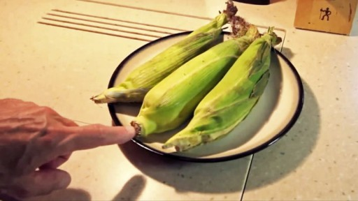 How To Microwave Corn On The Cob With No Shucking And Silk Free