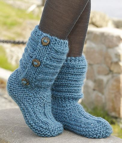 How To Knit Women Boots 1