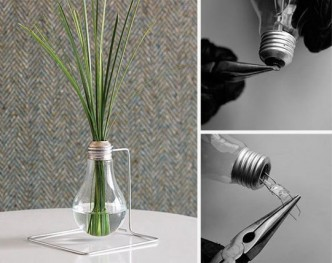 How To Make A Vase With Light Bulbs