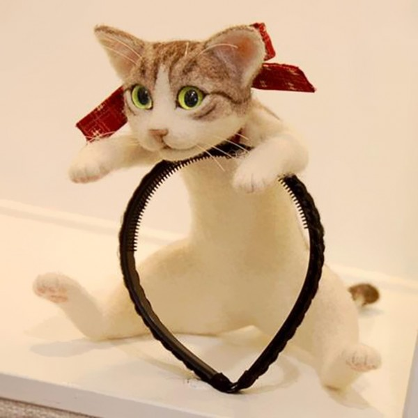 Forget Cat Ears - You Can Wear An Entire Kitten On Your Head With This Japanese Cat Headband 1