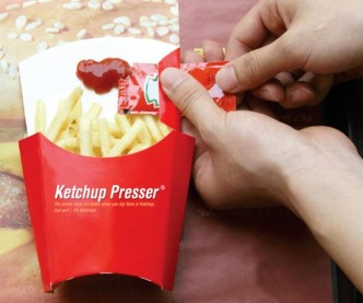 Ketchup Presser No More Sucking Ketchup On Your Fingers 1