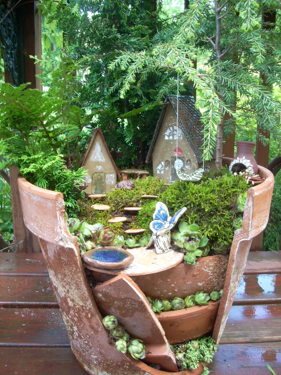 Garden Ideas Turn Broken Pots Into Fairy Gardens 3