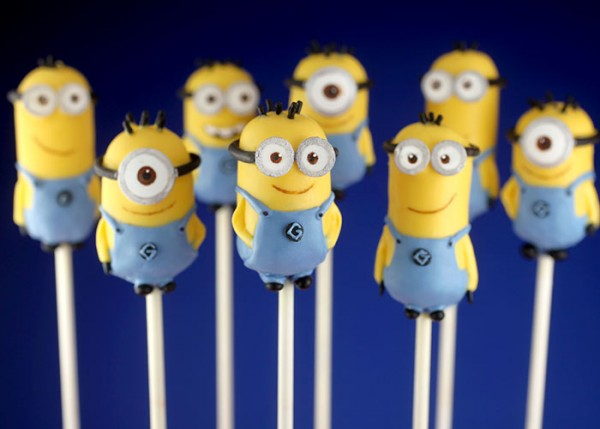 Despicable Me Minions Cake  Pops 2
