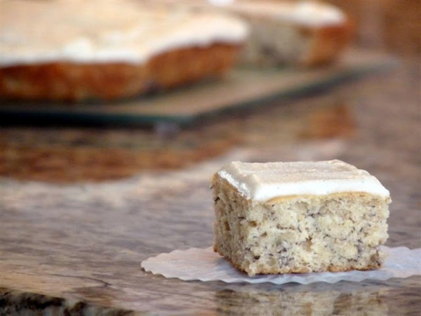 Banana Cake With Vanilla Bean Frosting