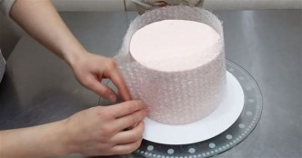 Simple Chocolate Cake Decoration Tutorial
