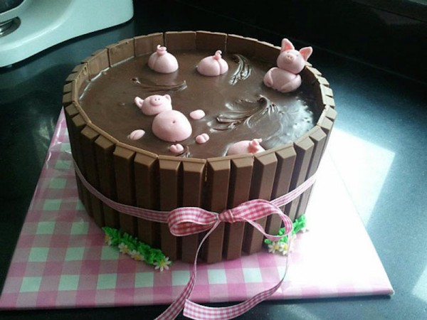 Swimming Pigs Chocolate Cake