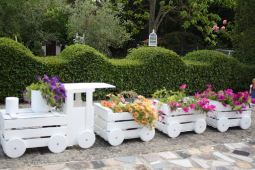 Train Planters Out Of Old Crates 2