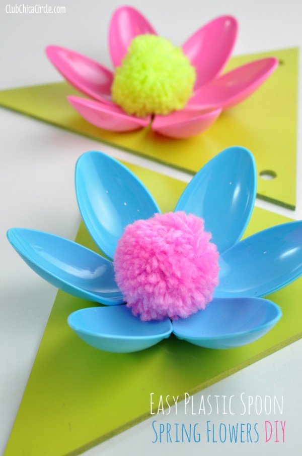 How To Make Plastic Spoon Flowers 2