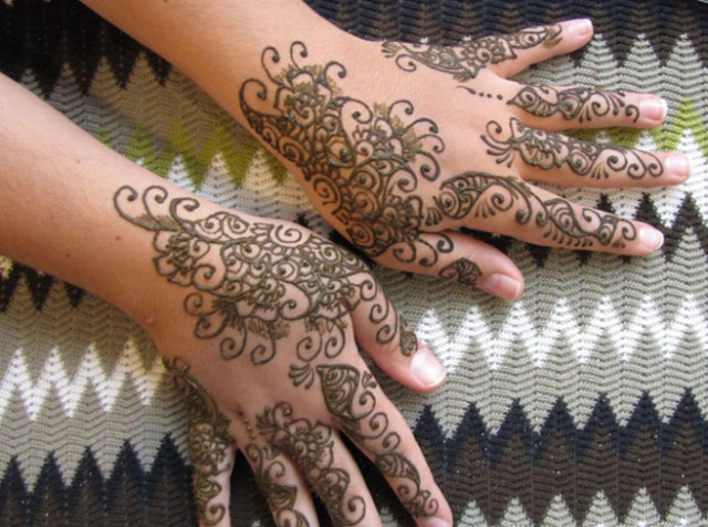 Henna tattoo design 1