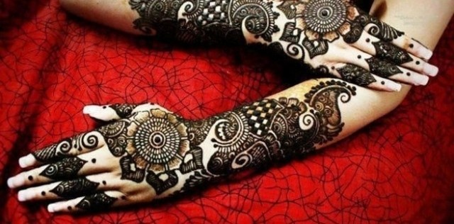 Henna tattoo design 4