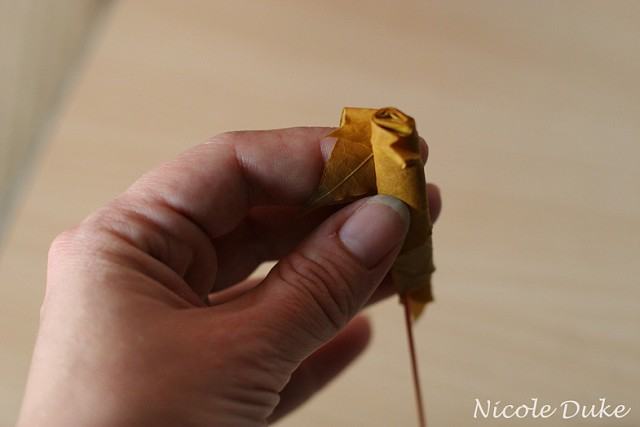 How To Make Maple Leaf Roses 3