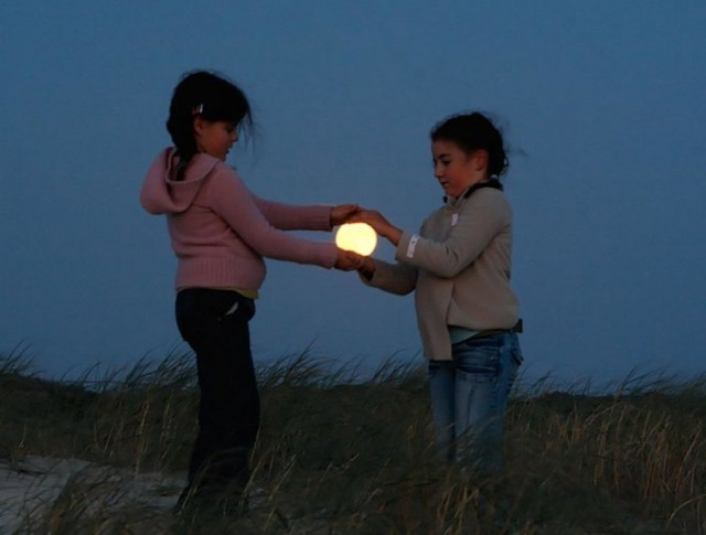 How To Take Creative Moon Shots 8