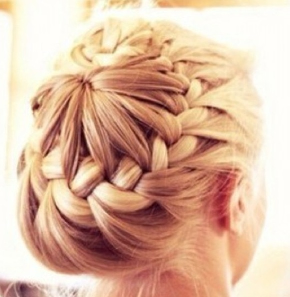 Awesome Hairstyles That You Should Try 5