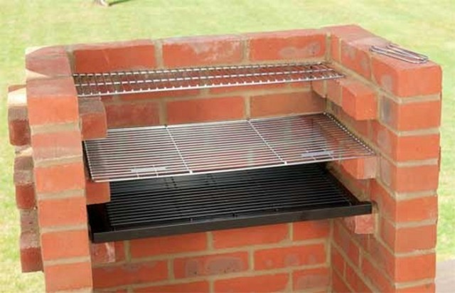 How To Build A Brick Barbecue 2