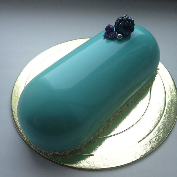 Mirror Glazed Marble-Like Cakes 2