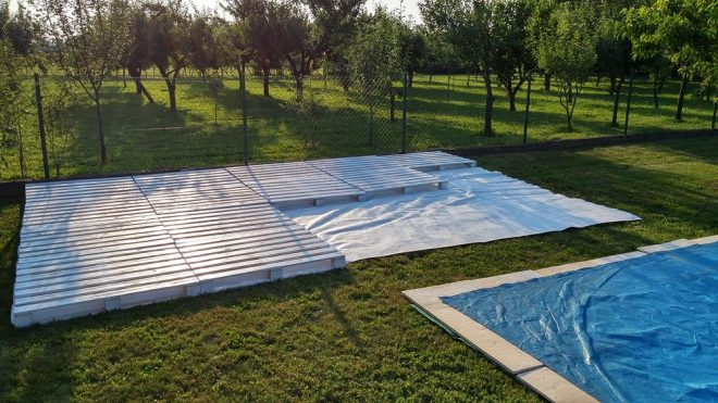 How To Build Poolside Patio With Pallets 1