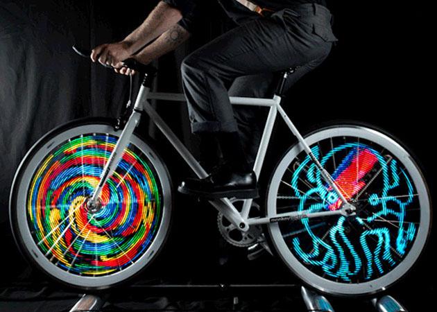 monkey-light-bike-wheel-light-1