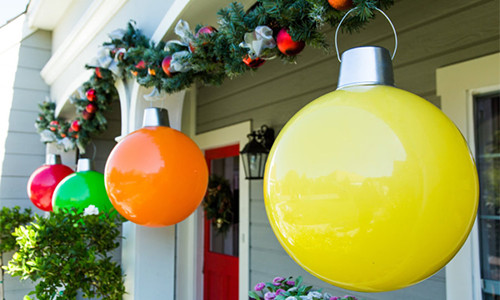 how-to-make-giant-christmas-ornaments-1